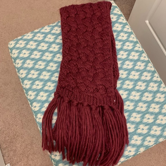Accessories - Maroon Scarf